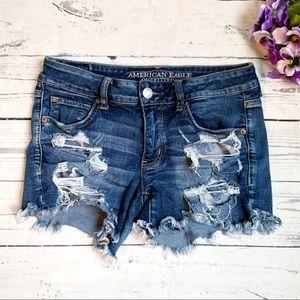 AE Midi Cut off Shorts dark wash Distressed size 8